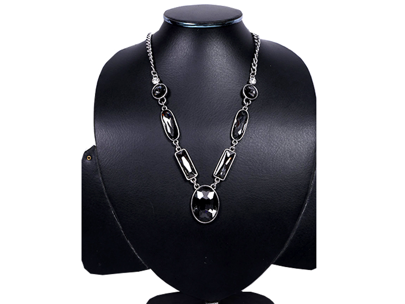 Black Stone Metal Imitation Necklace For Women
