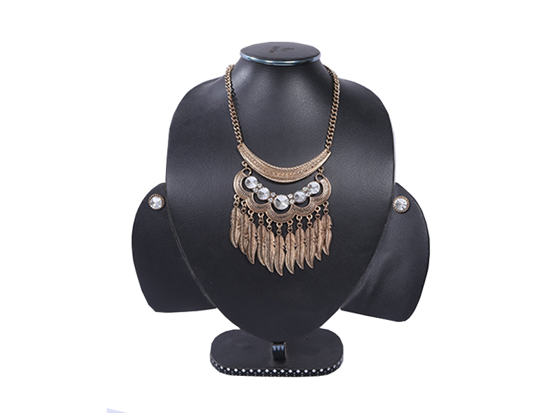 Antic Metal Heavy Imitation Necklace For Women