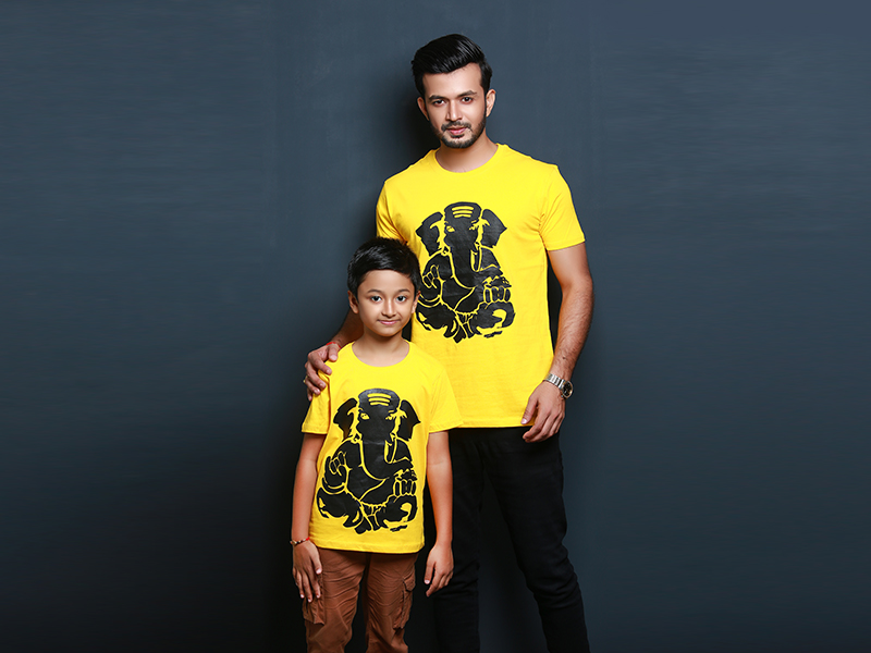 Stylish Men's & Kid's T-Shirt By Swapon's World- SW3421T (M - M)